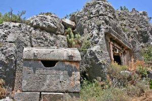 See the rock tombs and Lycian ruins on a gulet cruise