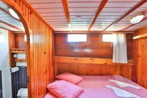 The Kasapoğlu III gulet yacht Turkey cabin