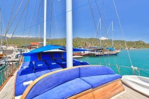 The Kasapoğlu III gulet yacht Turkey front deck