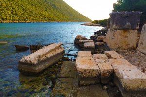 Aperlai ancient ruins
