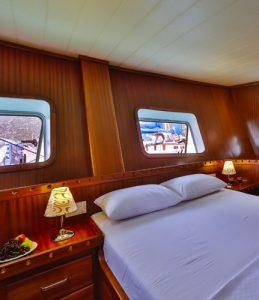Luxury gulet cruise cabin Kasapoğlu
