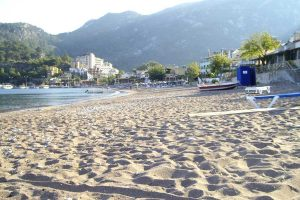 Turunc sandy beach