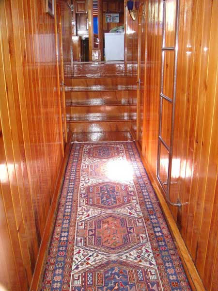 The Kasapoğlu V gulet yacht Kaş Turkey cabin area